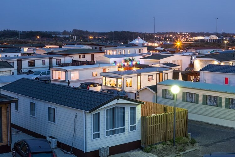 Mobile Home Investing low-risk real estate business