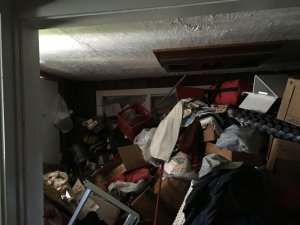 hoarders house cleaning