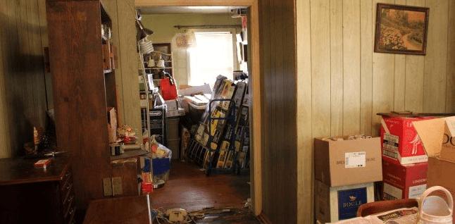 Home buyers n Simsbury CT