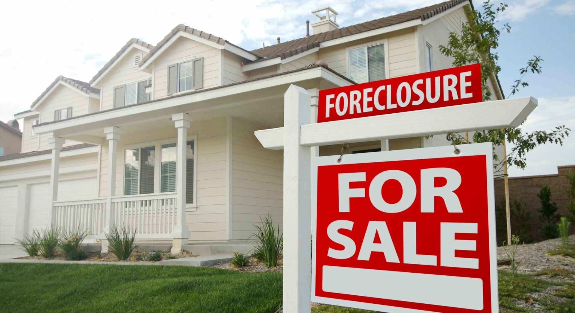 Selling a house in the pre foreclosure state is possible for cash quickly.