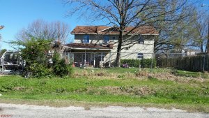 House-In-Need-Of-Repairs-Cash-Purchase-Near-Buda-Texas