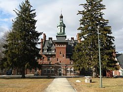 250px-Tewksbury_Hospital,_Old_Administration_Building,_MA