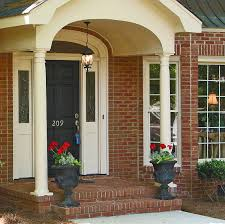 tips for staging the exterior of your home