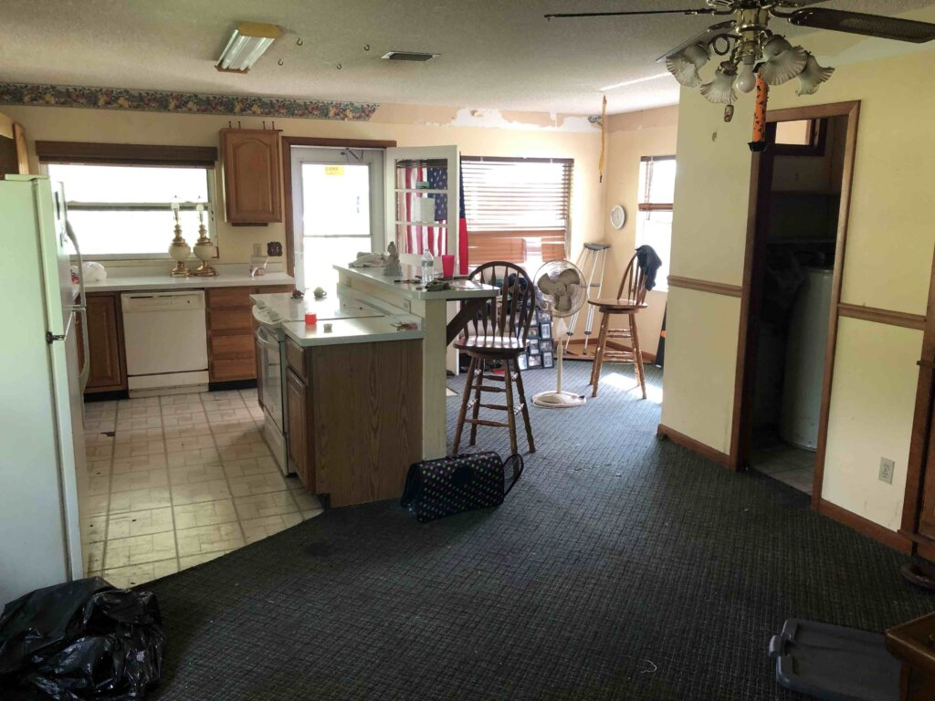 the kitchen of a house we bought in marion county florida