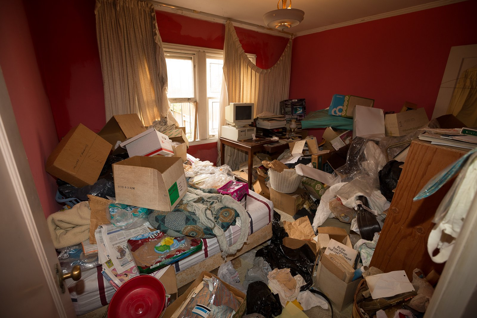can-i-sell-a-hoarder-house