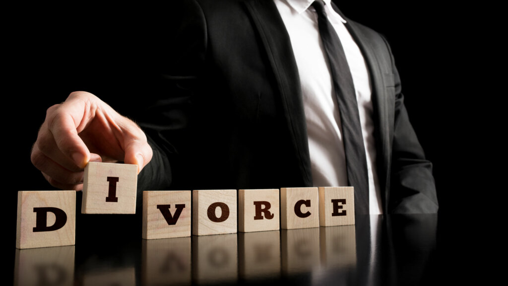 divorce-sell-a-house