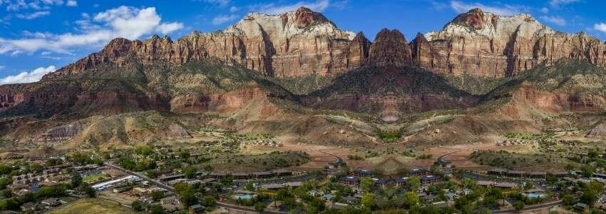 top 10 small towns in Utah - Springdale