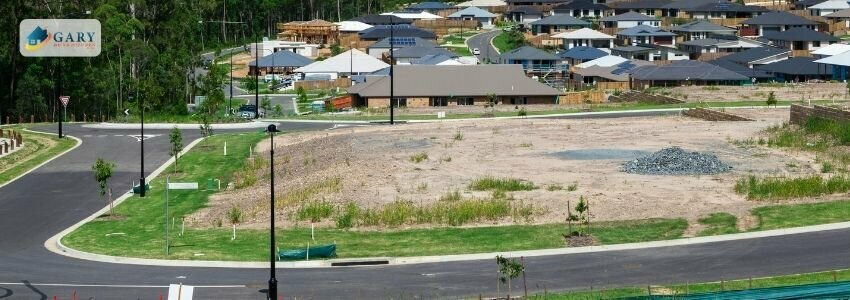 who-buys-vacant-land-by-other-houses-and-a-lot