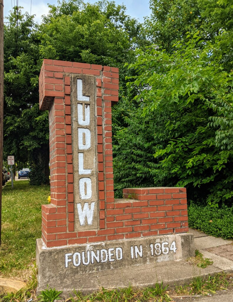 We buy houses in Ludlow, KY
