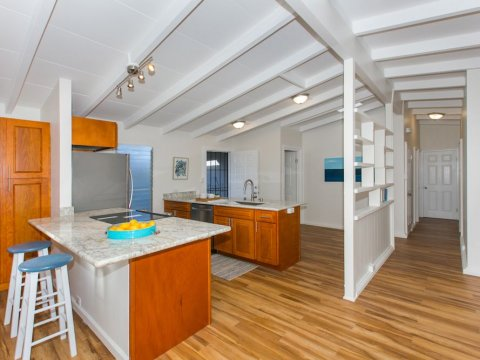 Kailua-Single-Family-House-for-Sale-949-Kahili-St-kitchen