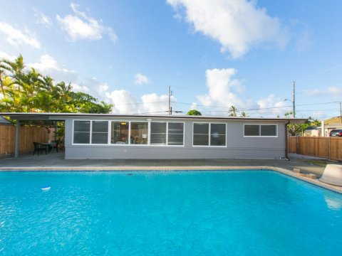 Kailua-Single-Family-House-for-Sale-949-Kahili-St-pool-2