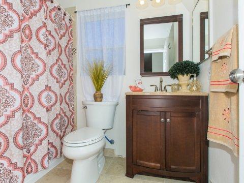 Waikele ViewPointe P104 - Bathroom