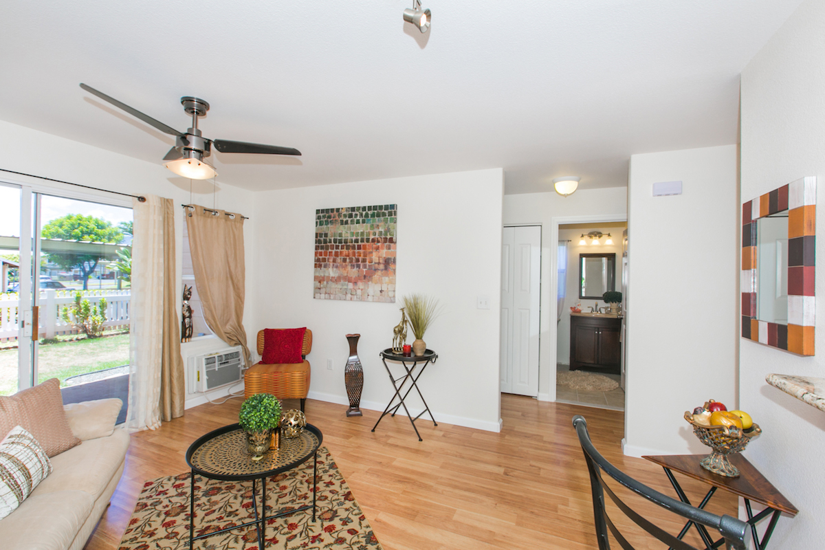 Waikele ViewPointe P104 - Living Room 2