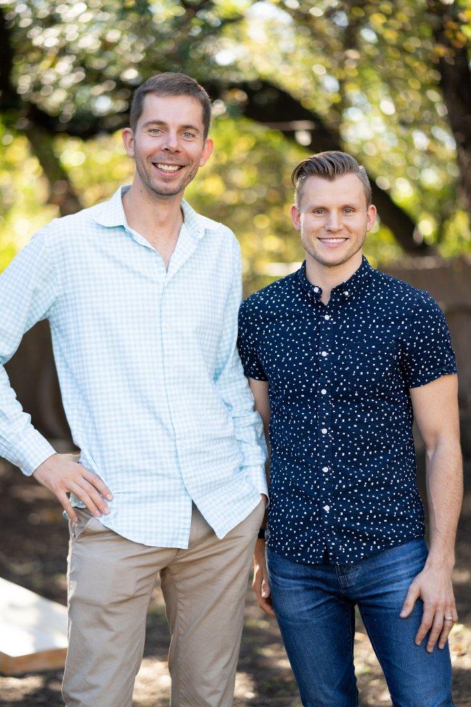 Viktor and Alex founders of iwillbuyhouse.com