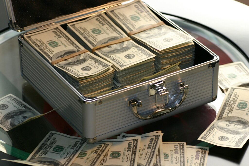 If I Agree To A Cash Offer From An Investor In _______ When And How Quickly Can I Get Paid_