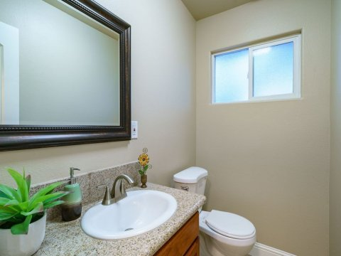 6342 N Dolores Ave,Fresno, CA 93711