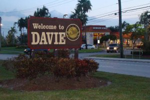 We Buy Houses in Davie, FL