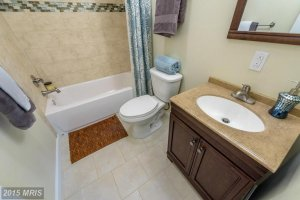 Bathroom After Speedy Home Buyers, LLC Did Renovations.