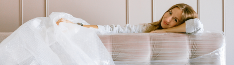 Pros and Cons of Hiring Movers in Riverside