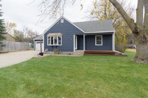Sell your house for cash because we buy houses in Humbolt, SD.