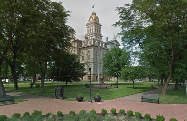 Licking County Courthouse Foreclosure Auction Location Newark OH | Homesmith Buys Houses Newark OH | Sell My House Fast Newark OH | We Buy Houses Newark OH | 1-877-HOMESMITH