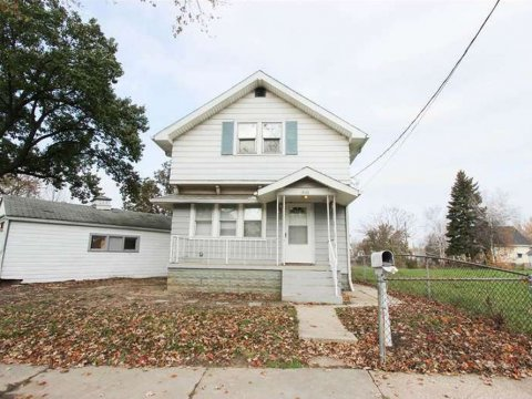 1436 Walbridge Ave, Toledo, OH 43609 | HomesmithProperties.com | 1-855-HOMESMITH