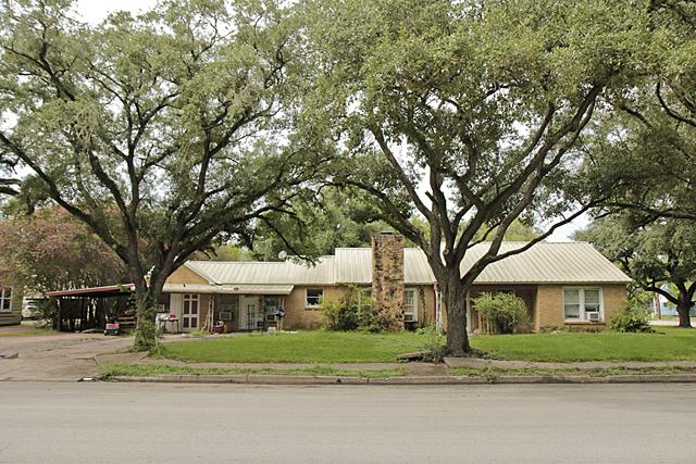 Homes For Sale In TX: Rosenberg 77471 – Avenue G 4BR