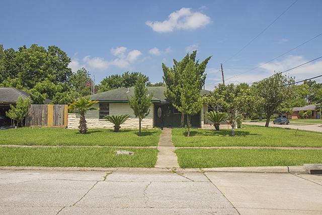 Homes For Sale In TX: Spring 77034 - Vinita 3BR