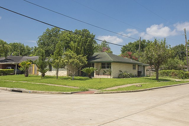Homes For Sale In TX Spring 77034 - Vinita 3BR