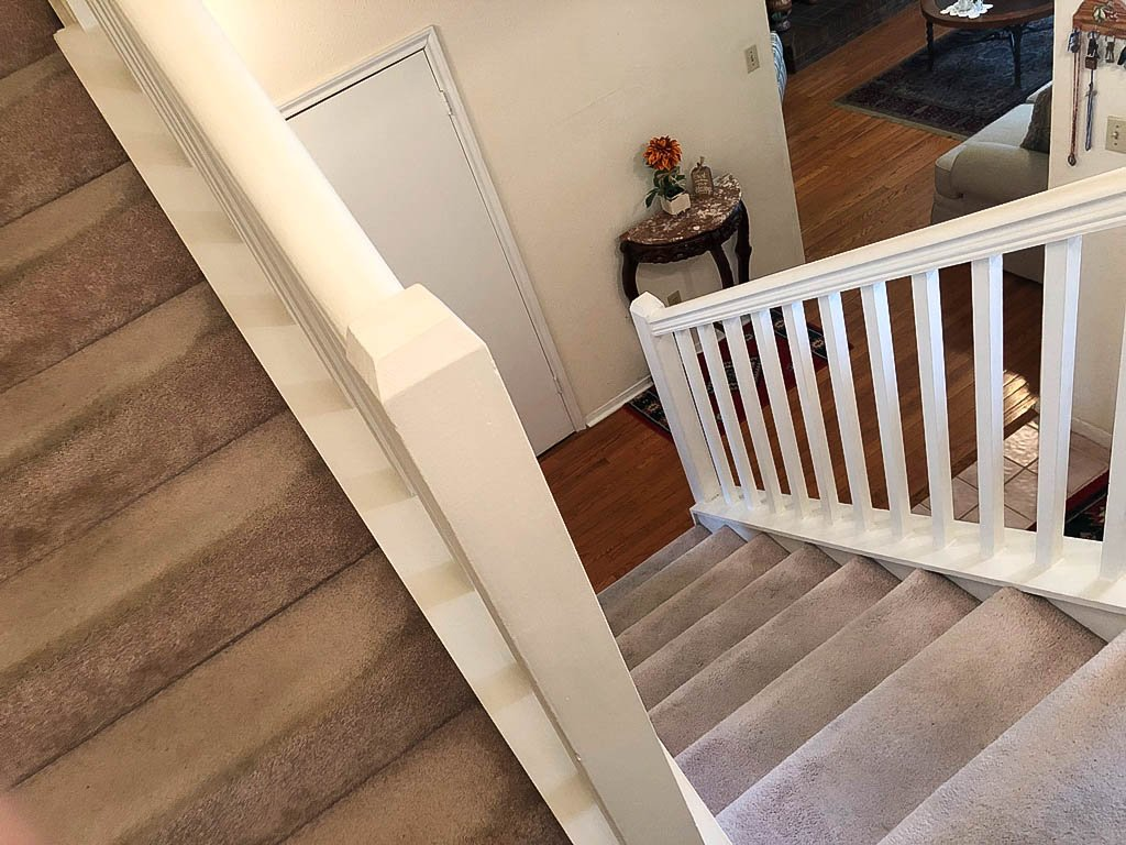 Homes For Sale In TX Friendswood 77546 – Killarney 3BR Stairway