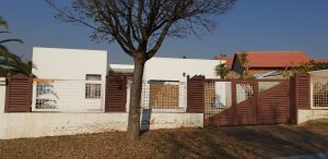 We buy houses fast in Soweto for cash