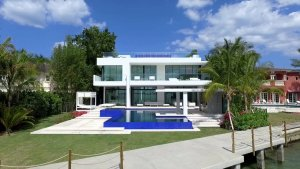 We Buy Ugly Houses North Bay Village Florida In Any Condition