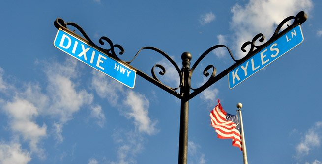 fort wright dixie and kyles ln street signs - we buy houses in fort wright ky