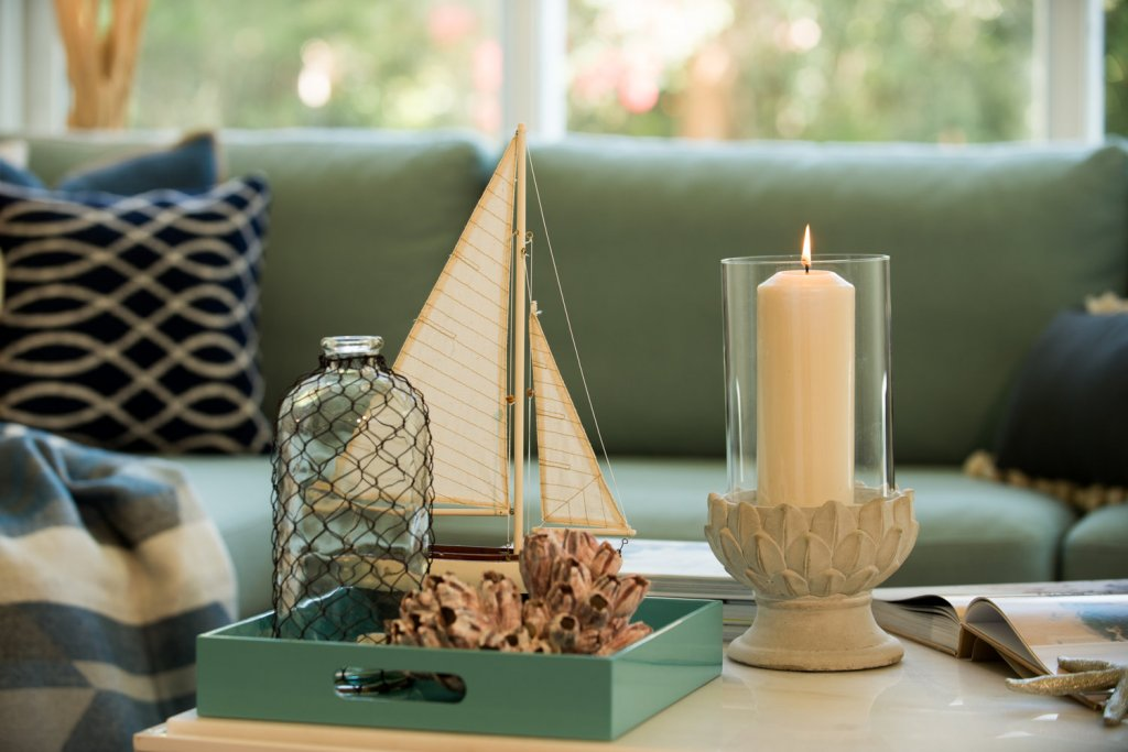 staging tips to sell your northern kentucky home - scented candle staged
