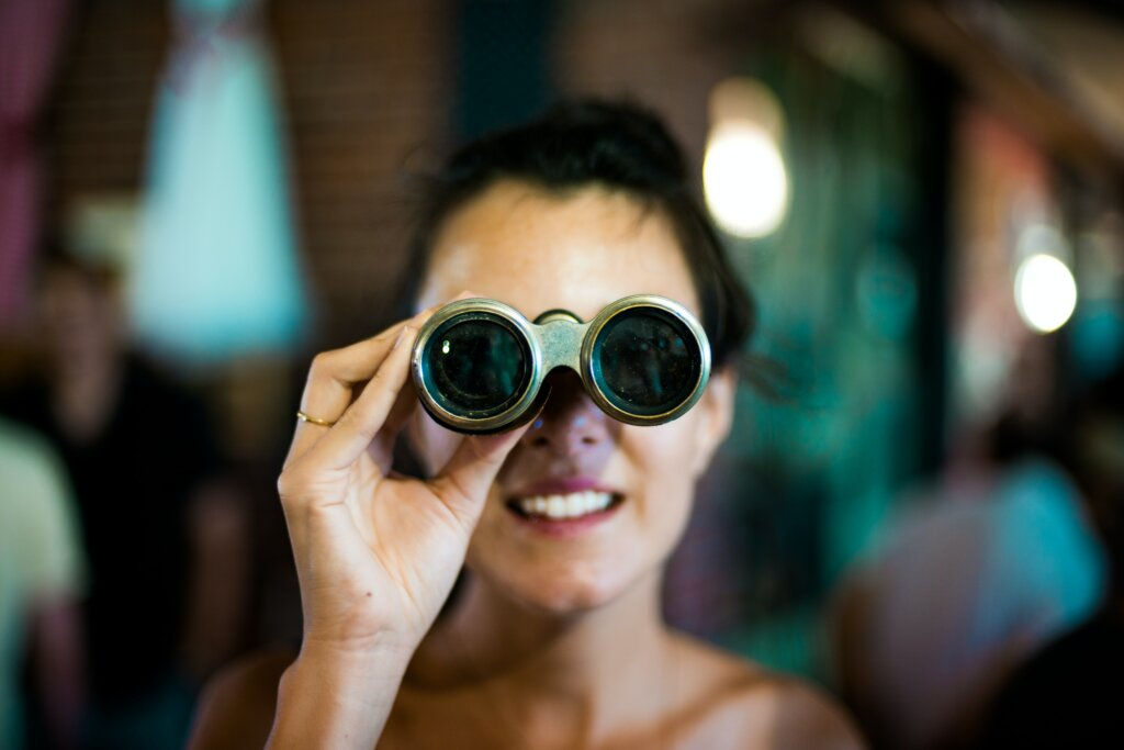 Exploring All of Your Options When Selling Your House in Northern Kentucky or Cincinnati - women looking through binoculars