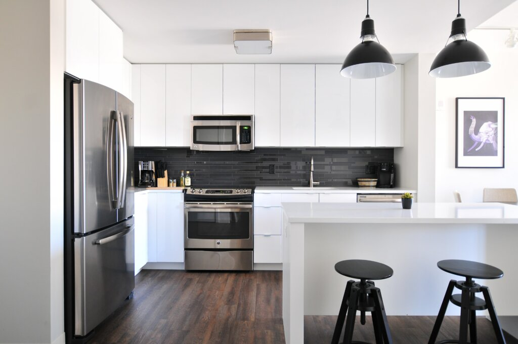 Choosing The Best Investment Property In Northern Kentucky or Cincinnati - apartment kitchen