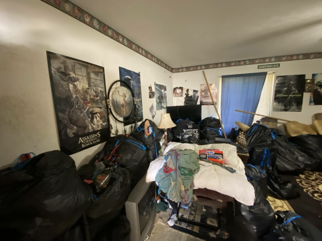 Sell rental property fast - tired of tenants - messy condo by tenants