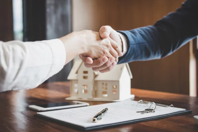 Real_Estate_Investors_Should_Also_Be_Licensed_Agents-_Deal