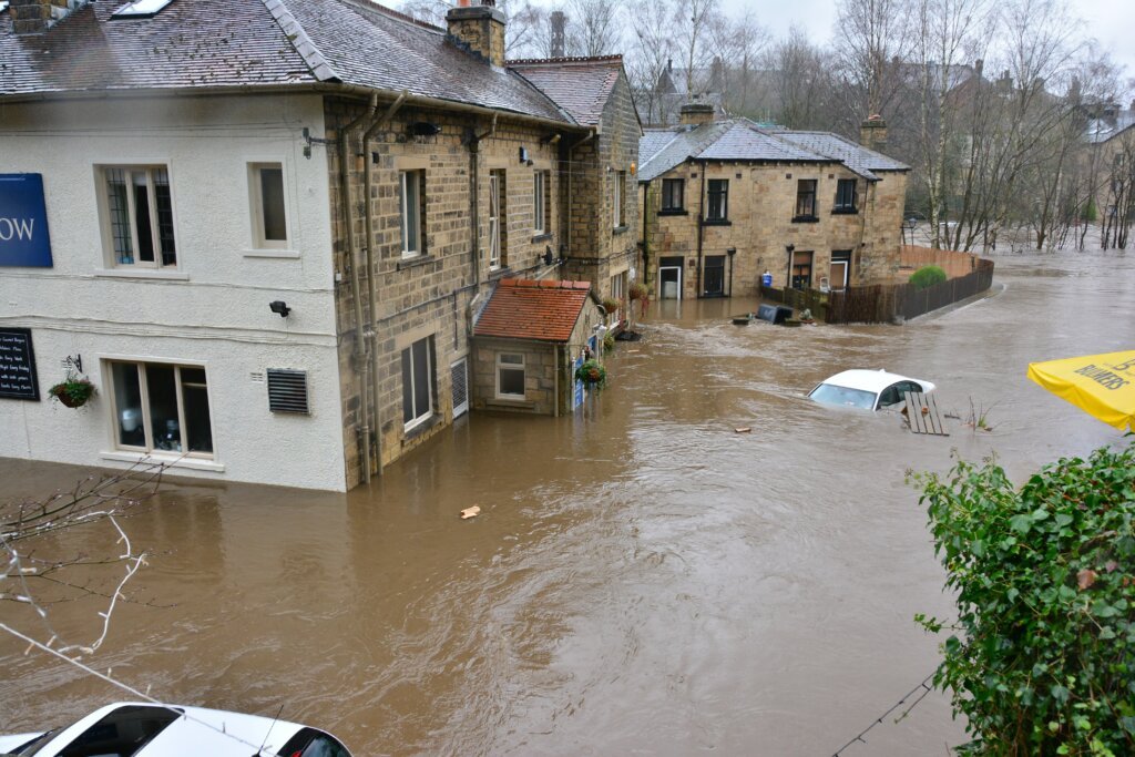 Sell Your House in a Flooded Market - flood