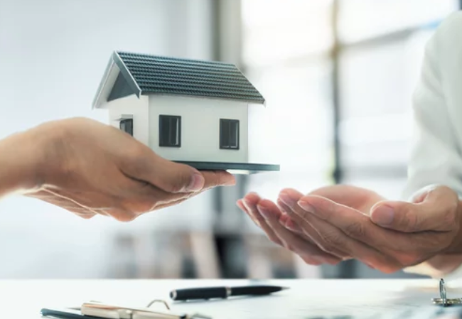 Reasons to Sell Your House As-Is- offering house