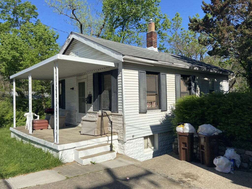 Sell Your House Without Any Costs- Old house