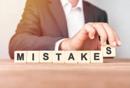 Mistakes Homeowners Make When Selling a House- mistakes