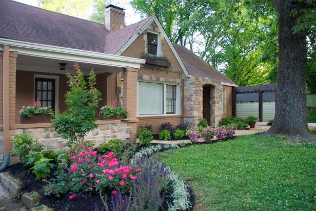 Curb appeal is critical to ensuring your house sells fast in Baltimore, MD