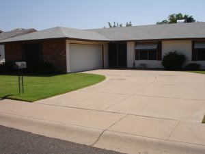 Sell my house fast because we buy houses in Phoenix, AZ