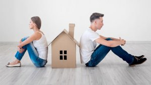 Selling your home during a divorce in Maryland requires a team of real estate professionals
