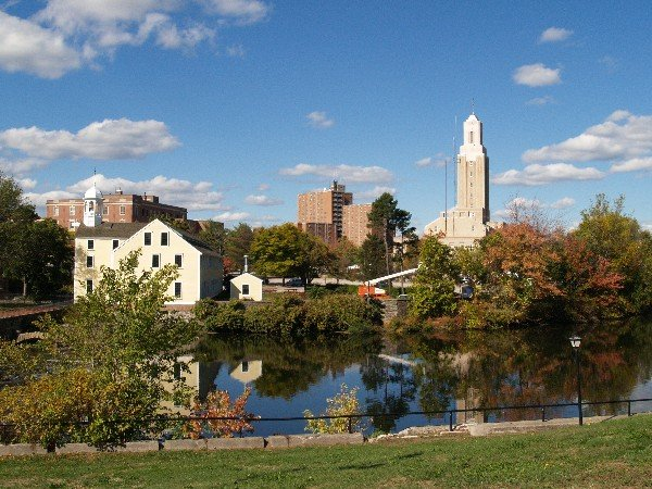 A skyline view of Pawtucket RI on the sell your house fast in Pawtucket page
