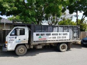 REVestors LLC truck