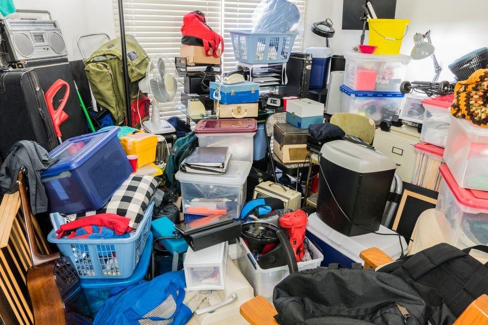 house-full-of-clutter