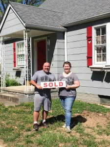 We buy houses Knoxville TN