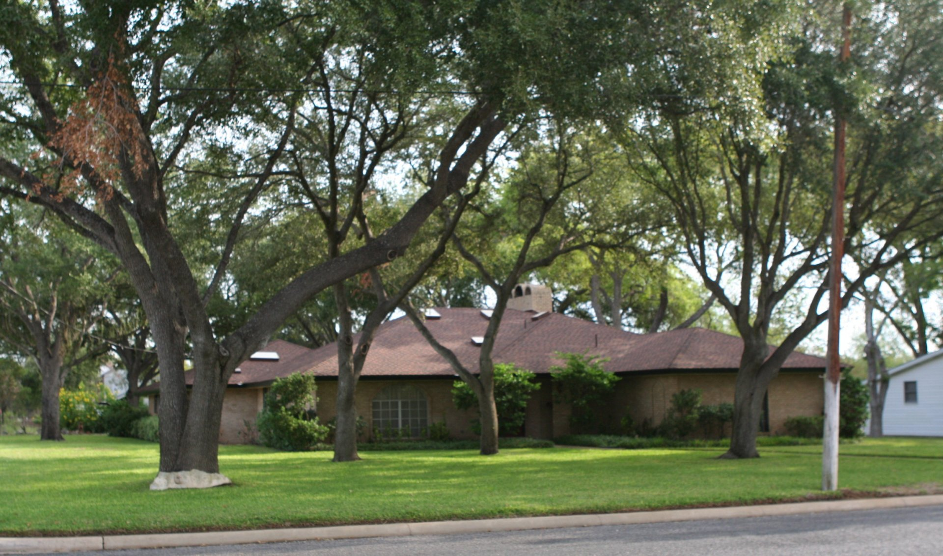 home for sale floresville
